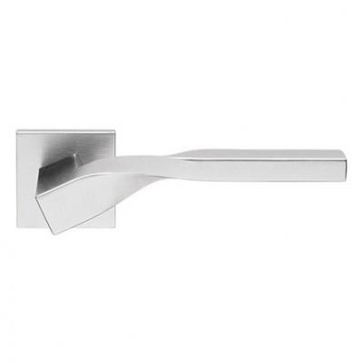 "Дверная ручка на розетке ""TWIST"" 489/024"