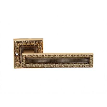 Дверная ручка MORENA на розетке