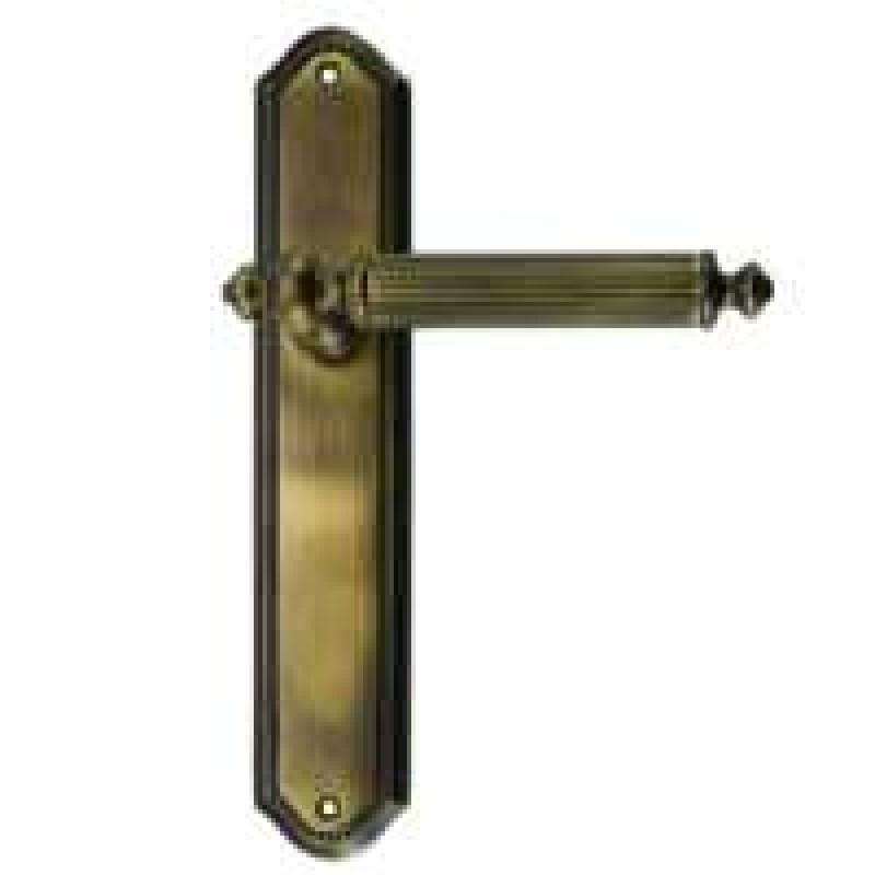 Дверная ручка ANTIK м/к на планке купить выгодно в Москве с доставкой до подъезда!